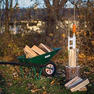 Fendre du bois avec un fendeur