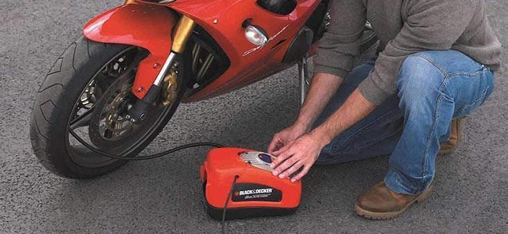 Compresseur à air pour le gonflage des pneumatiques