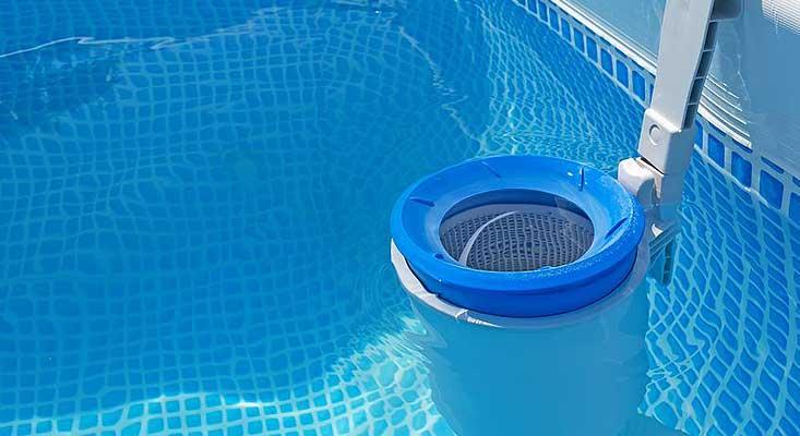 filtration pour le nettoyage de ma piscine